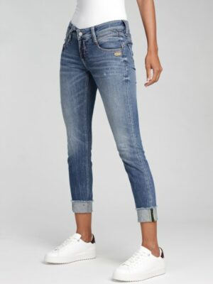 NENA CROPPED – power celtic CROPPED